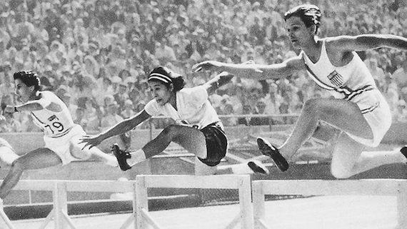 1932 Olympics - womens hurdles.