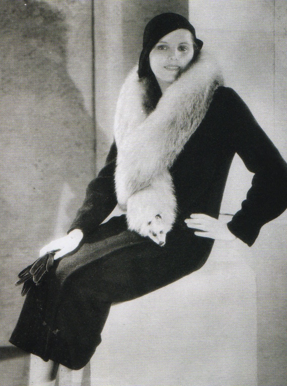 A typical white fox fur from fashion in the 1930s