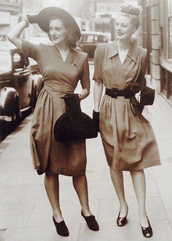 two-british-utility-dresses-of-1946-there-is-more-fabric-in-the-skirt-than-before-photo-by-william-vanderson-1946